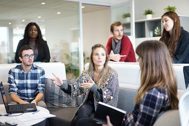 Jakie złe wybory popełniają zarządzający zespołami managerowie?